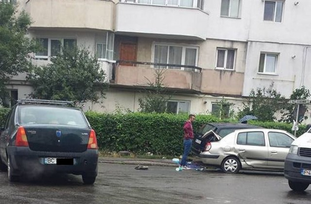Accident pe strada 22 Decembrie / FOTO: Andreea Pascal‎
