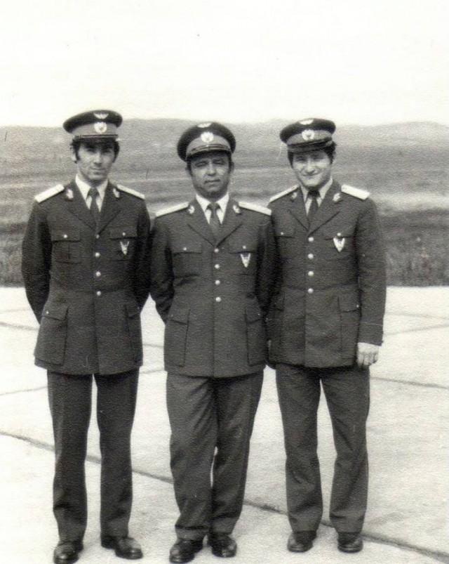Foto 9 - Maiorul Nicolae Danse, in mijlocul imaginii