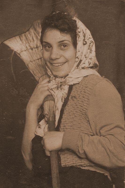 Gospodina de Paste - Larisa Marandici