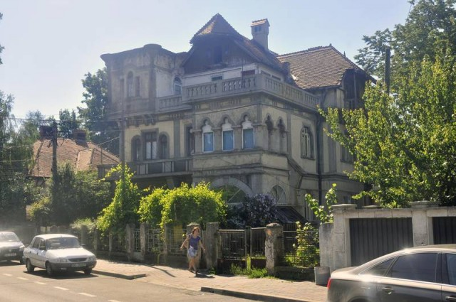 Casa Anania