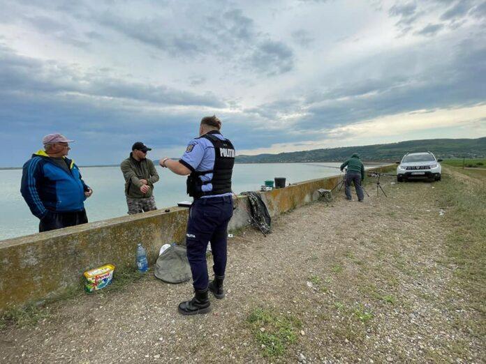 Control la pescari